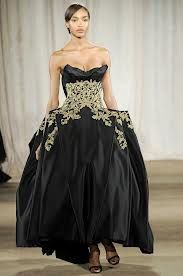 A touch of old-world charm in the Marchesa glamour gown