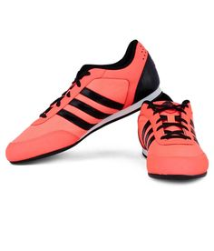 Adidas Vitoria II Pink Sports Shoes