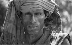 Africa    Somali Cattle Herder in Turban    © Mirella Ricciardi