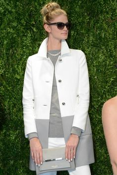 kate spade new york spring 2014 - Absolutely OBSESSED with this coat! I Love Fashion, Passion For Fashion, Fashion Looks, Womens Fashion, Fashion Fashion, Spring Summer Fashion, Winter Fashion, Spring 2014, Weekend Wear