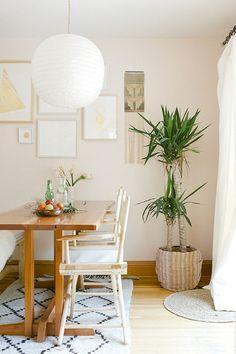 Bright and sunny   #diningroom