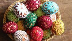 Háčkované vajíčko LILI - NÁVODY NA HÁČKOVANIE Easter Eggs, Crochet Earrings, Spring, Fiber, Crafts, Hand Crafts, Manualidades, Low Fiber Foods, Handmade Crafts