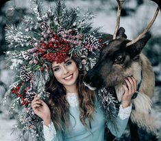 """Read """"The iron pestle and the girl with the donkey's head"""" tale , you'll love it. Russian Beauty, Russian Fashion, Foto Fantasy, Fantasy Art, Book 15 Anos, Russian Wedding, Photoshoot Concept, Christmas Photography, Floral Crown"""