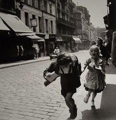 Louis Stettner Rue des Marytrs, 1951