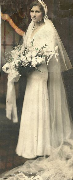 1920s-1930s bride Old is so sweet and unusual.  K.W.  Bride, vintage wedding gown, dress