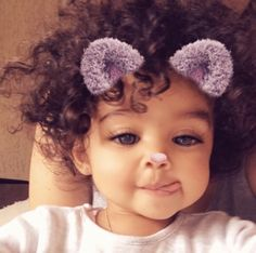 This snap filter is so cute. This snap filter is so cute. Cute Mixed Babies, Cute Black Babies, Black Baby Girls, Cute Little Baby, Baby Kind, Cute Baby Girl, Pretty Baby, Little Babies, Cute Babies
