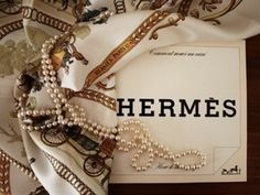 Hermès and pearls = perfection
