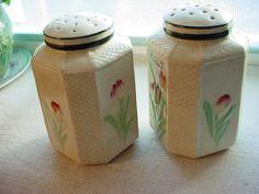 Vtg Antique Large 1920s 1930s Salt Pepper Shakers Tulips Shabby Sweet 4 inch #ArtDeco #Unknown