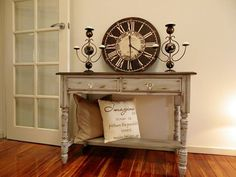 How to Paint the Shabby Chic Look {a Tutorial!!}