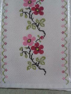 The most beautiful cross-stitch pattern - Knitting, Crochet Love Cross Stitch Borders, Cross Stitch Rose, Cross Stitch Samplers, Cross Stitch Flowers, Modern Cross Stitch, Cross Stitch Designs, Cross Stitching, Cross Stitch Embroidery, Embroidery Patterns