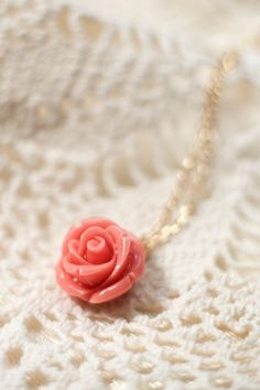 Handmade Romantic Rose Pink necklace gold from Petra Reijrink, especially made for TopVintage!