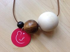 Find out why lactation consultants are turning to belly beads to explain breastfeeding to new moms. Newborn Stomach Size, Newborn Needs, 4th Trimester, Lactation Consultant, Birth Photography, Baby Belly, Baby Feeding, Breast Feeding, Breastfeeding Tips