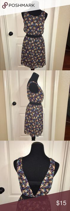 Chiffon Floral Dress w/ Elastic Band EUC 🌼 Xhilaration Chiffon dress w/ Elastic waist. Black liner underneath. In perfect condition. Cutout back w/ elastic band across back. Xhilaration Dresses