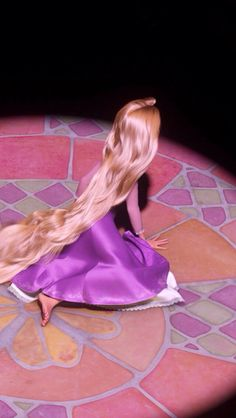 Rapunzel looks like an innocent child in this shot...