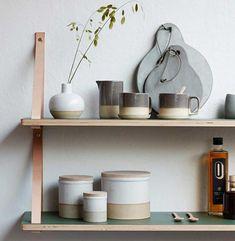 Deckel drauf: Keramikdosen mit Eichenholzdeckel von Hübsch Interior - Bild 10 - [SCHÖNER WOHNEN]