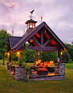 What a great outdoor living room!