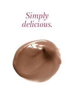 Selbstbräuner-Creme Délicieuse für Gesicht & Körper, mit Kakao-Extrakten und zartem Duft für zum Anbeißen schöne Haut! #selbstbräuner