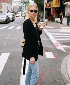 This blogger mastered a cool  denim look for running errands.