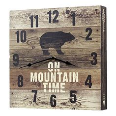 cabin decor Schwarzwald Dekor Bär Berg Zeit Wanduhr A Quick Guide to Children's Furniture for the Be Black Bear Decor, Black Forest Decor, Black Decor, Rustic Lodge Decor, Western Decor, Rustic Wood, Diy Wood, Rustic Cabins, Log Cabins