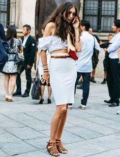 diletta-bonaiuti-look-saia-lapis-azul-street-style-ombros-fora