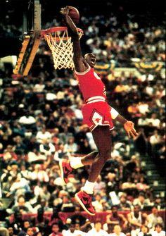 1985_dunks_contest_jordan_1