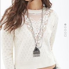 Cropped crochet sweater Super cute! Only worn once! Forever 21 Sweaters