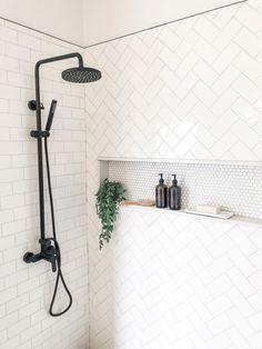 Salle de bain Lovely Industrial Farmhouse Bathroom ~Don't be Missed!