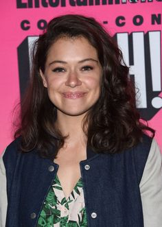 Tatiana Maslany Medium Curls - Tatiana Maslany looked youthful with her bouncy curls at the Entertainment Weekly Comic-Con party.