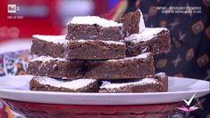 """""""Detto Fatto"""": la ricetta di brownies e blondies di Francesco Saccomandi del 5 ottobre 2017. Una torta americana perfetta per gli estimatori del cioccolato."""