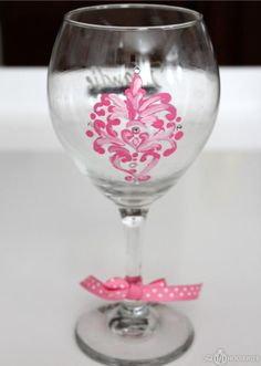 DIY Wine glass markers: DIY Personalized Wine Glasses