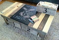 DIY pallet coffe table with storage