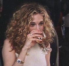 Carrie Bradshaw Hair, Sarah Jessica Parker Hair, Hair Inspo, Hair Inspiration, Forever, Curly Girl, Hair Goals, New Hair, Persona