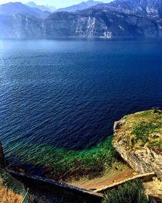 #Repost @samstrange_73 ・・・ Quante sfumature di blu  Lagodigarda#gardaveneto #fotofanatics_hdr #volgoveneto#volgoitalia#bestvenetopics #italia_super_pic #italiainunoscatto_hdr #hdr_ita #blu#lake#landscape #colorful  #visititalia #italiainunoscatto #ilove_hdr  #instadaily#photoGC#world_besthdr #igglobalclubhdr#visit_italiadascoprire #vipworldphoto#bs_world#italian_trips