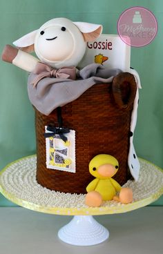 New Baby basket cake! Click through to see more unique cake designs & tutorials! Unique Cakes, Creative Cakes, Fancy Cakes, Cute Cakes, Pretty Cakes, Mini Cakes, Baby Baskets, Baby Hamper, Occasion Cakes