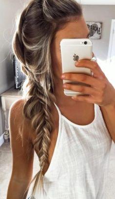 It's hair is beautiful ! !!