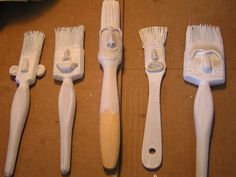 Brushes with personality Paint Brush Art, Paint Brushes, Fun Crafts, Arts And Crafts, Diy Y Manualidades, Found Object Art, Junk Art, Paperclay, Assemblage Art
