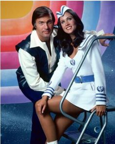 Gil Gerard and Erin Gray Buck Rogers Erin Gray, Fiction Movies, Sci Fi Movies, Movie Tv, Movie Theater, Sci Fi Tv Shows, Old Tv Shows, Frank Miller, Gi Joe