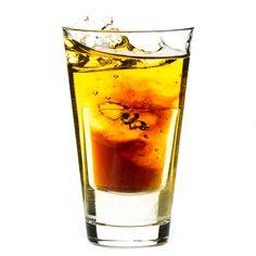 Sok żurawinowy z whisky - Johny Walker drink Best E Juice, Juice 3, Juice Flavors, E Liquid Flavors, Pepsi, Coca Cola, Juice Branding, Cocktails, Drinks