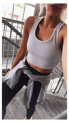 Legging Outfits, Athleisure Outfits, Crop Top Outfits, Cute Outfits, Work Outfits, Leggings Outfit Summer, Pants Outfit, Girly Outfits, Training Outfit