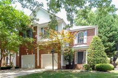 1925 Dunhill Dr, Charlotte, NC 28205