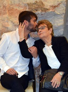Holocaust survivor Sara Weinstein with her grandson before the opening ceremony marking Holocaust Martyr's and Heroes' Remembrance Day 15/04/2015