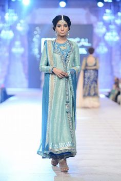 Nida Azwer Ghalib anarkali at PFDC L'Oréal Bridal Week 14