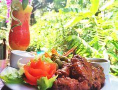 Belize chicken wings recipe, hot wings, buffalo wings, tropical cocktail recipe, Belize Jungle Lodge Restaurant