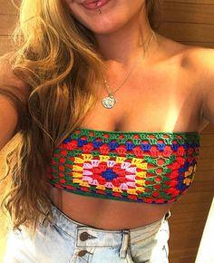 Crochet Halter Tops, Crochet Crop Top, Crochet Girls, Crochet Yarn, Crochet Designs, Crochet Patterns, Knit Fashion, Crochet Clothes, Crochet Projects