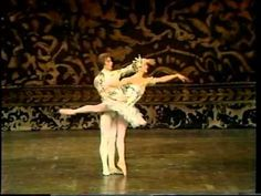 """Pas de Deux"" from Tchaikovsky's The Nutcracker (Rudolf Nureyev and Merl..."