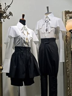 Atelier Boz above all. Gothic Fashion, Look Fashion, Fashion Design, Old Fashion Dresses, Fashion Outfits, Pretty Outfits, Cool Outfits, Mode Lolita, Mode Costume