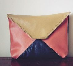 Easy Colorblock Clutch Tutorial | Add a pop of color to your closet with this easy purse tutorial!
