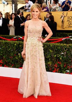 SAG Awards Red Carpet 2015 - Julie Bowen