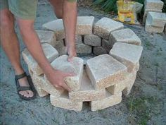 diy fire pit, looks so easy, i think even i can do this one