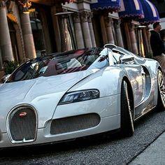 #Bugatti ... Pintura calidad Standox ... Utilizamos las mejores marcas del área automotriz ... Taller Express VIP Grupo Scarp ... Somos  su aliado automotriz ... #gruposcarp  #caracas #Venezuela  #Maserati #Lamborghini #ferrari #alfaromeo #bentley  #MercedesBenz #bmw  #Porsche #McLaren #pagani  #astonmartin #nissan #audi #toyota #jeep #Mitsubishi #corvette #mazda  #instacar  #sportscar #exoticcar #supercars  #photograph #wheels #photographers  #fotografia
